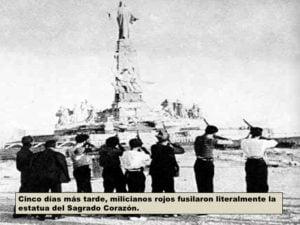 Milicianos fusilan el monumento al Sagrado Corazón en el Cerro de los Ángeles